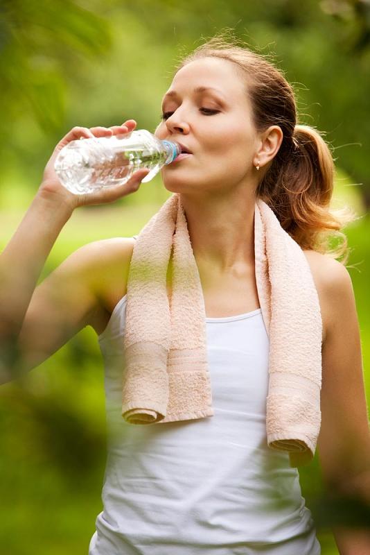 Krabičková dieta. Čistá voda bez přídavku sladidel a dochucovadel.
