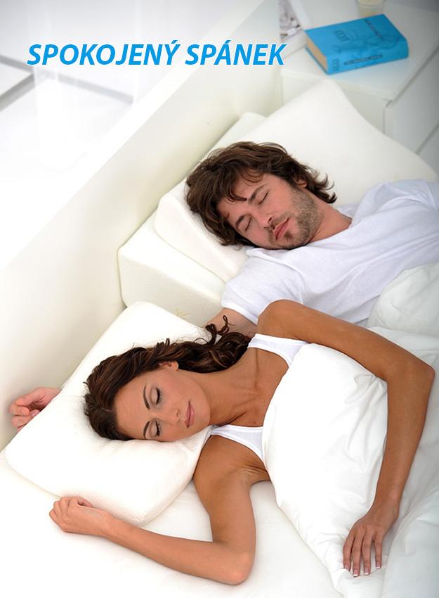 podhlavnik-do-postele-80-eliska-buckova-spanek.jpg